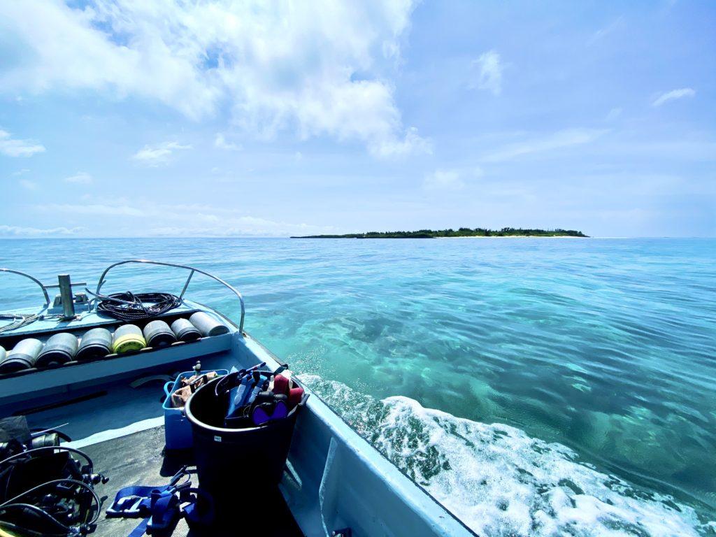 浮原島へ上陸