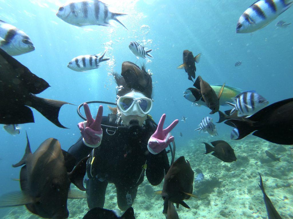 真栄田岬で体験ダイビング